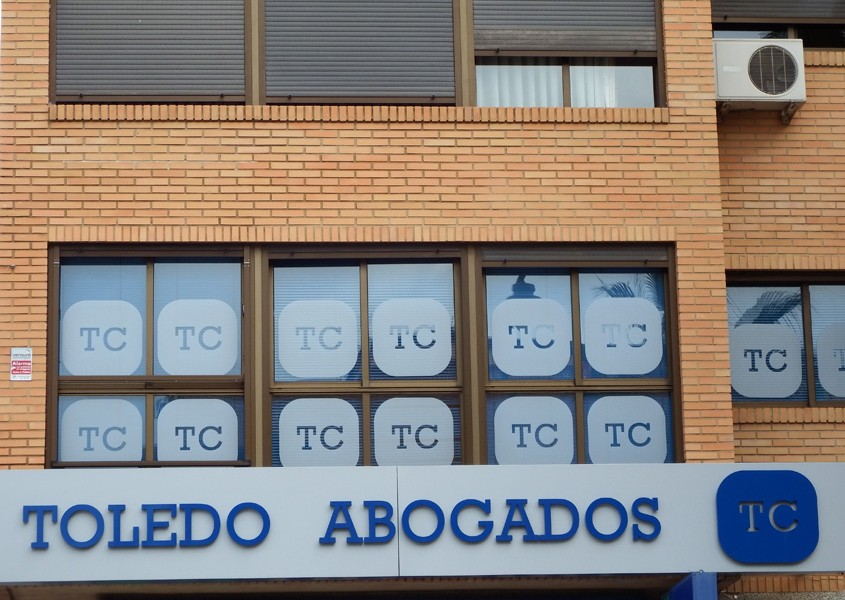 Rotulos Toledo Abogados - Front panel
