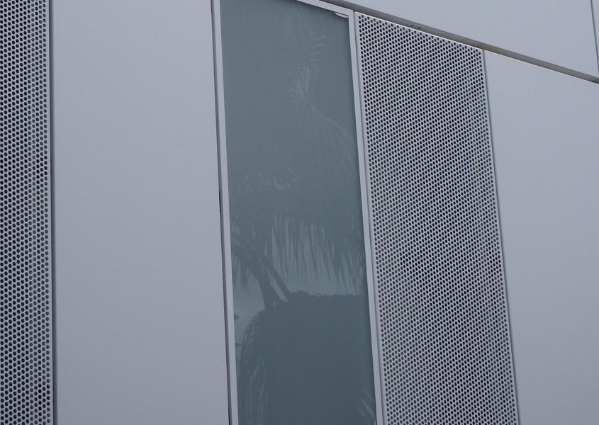 Centro Salud Xirivella - Front panel